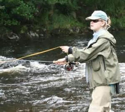 womanfishing